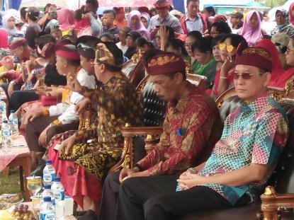 Sekda Dan Kadis Kominfo Hadiri Parade Ogoh – Ogoh