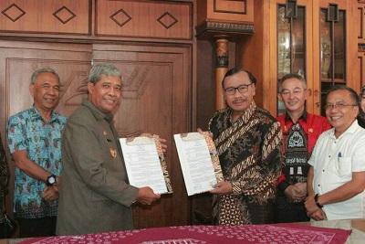 Pemkab Lamteng MoU Dengan Alumni Gajah Mada Propinsi Lampung