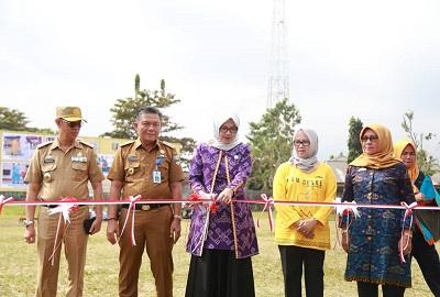 Dalam Rangka Peringati (Harganas) Ke-26 Ketua TP.PKK Hj.Septi Istiqlal Buka Gelar Dagang Tingkat Propinsi Lampung