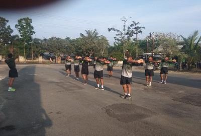 Anggota Kodim 0426/TB Laksanakan Olahraga Rutin Di Stadion Tiuh Tohou
