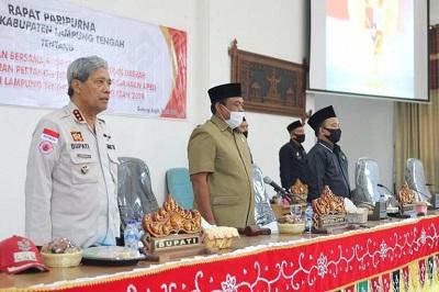 Bupati Lampung Tengah Beserta DPRD Menggelar Rapat Paripurna Membahas Pertanggungjawaban APBD 2019