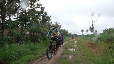 Bupati Lamteng Musa Ahmad.S.sos Lakukan Kegiatan Gowes Berjaya (Gober) Bersepeda Santai Dihari Libur Untuk Menjaga Kebugaran Tubuh