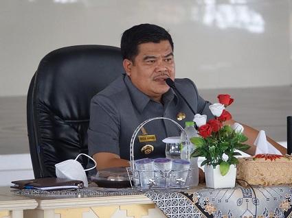 Bupati Lampung Tengah Melakukan Rapat Evaluasi Penanganan Covid-19